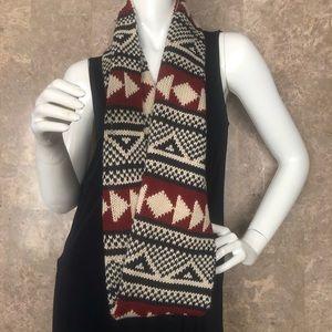 🍭Cozy Aztec Design Scarf (62 in from hem to hem)